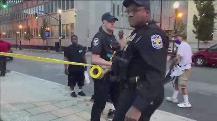 Per šaudynes Pietų Karolinos klube žuvo du žmonės, dar aštuoni sužeisti