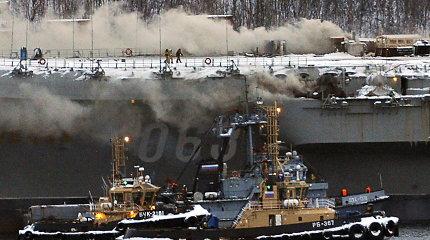Rusijos lėktuvnešyje užgesintas gaisras pareikalavo dviejų žmonių gyvybių