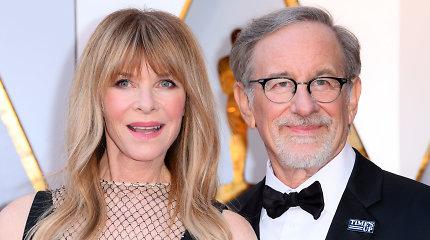 Steveno Spielbergo dukra sieks karjeros pornografijos industrijoje – nori tapti ir striptizo šokėja