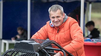 """Dakaro motociklininkas Balys Bardauskas """"Perkūno"""" trasoje surengė vaikų ir tėvų dieną"""