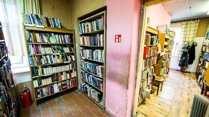 Avarinės būklės biblioteka Vilniaus Naujininkuose dar metus lauks renovacijos