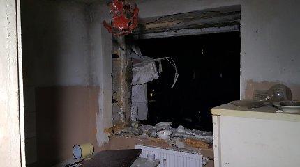 Sprogimas dėl dujų nuotėkio Petrašiūnų daugiabutyje: namuose buvo ir tėvai, ir 3 vaikai