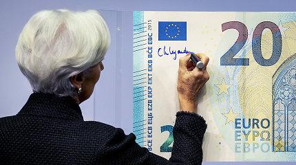 """""""The Financial Times"""": euro zonos BVP augimas 2020 metais toliau lėtės"""