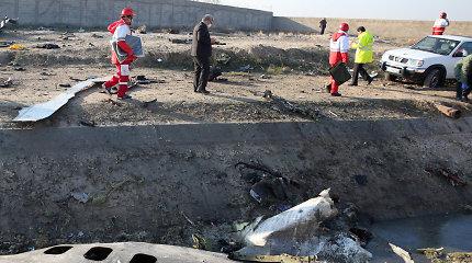 """Iranas nusiuntė Prancūzijai numušto ukrainiečių lėktuvo """"juodąją dėžę"""""""