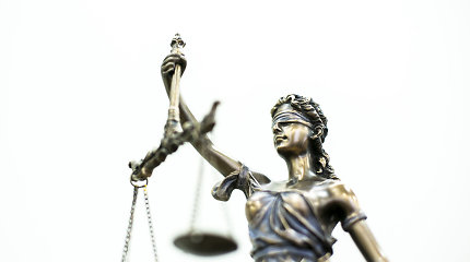 Seimui teikiamas siūlymas į advokatų garbės teismus įtraukti visuomenės atstovus