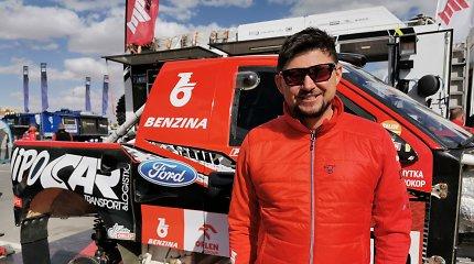 Dakar(sk)o dienoraštis Nr.10: greitieji čekai prisipažino, kad jiems kurti automobilius padeda lietuvis