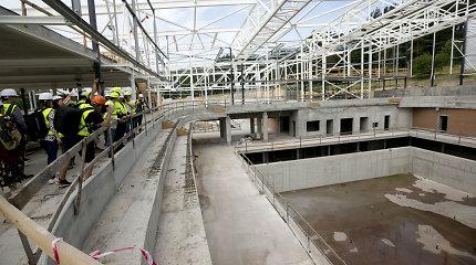 Vyriausybė svarstys, ar nukelti Lazdynų baseino pabaigtuvių terminą