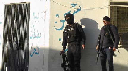 Tunise įtariama džihadistė susisprogdino su savo vaiku