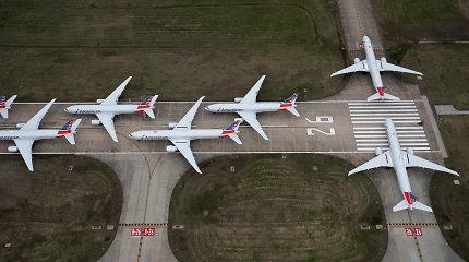 """Pandemija lėktuvus veja į dykumas ir verčia oro uostus su orlaiviais žaisti kaip su """"Lego"""""""