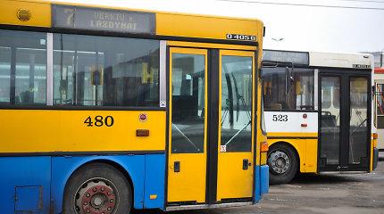 Į Vilniaus autobusą atėjo žiema – šiltą antradienio rytą prasidėjo šildymo sezonas