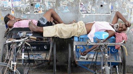 Indijos gyventojus kamuoja atslinkusi karščio banga