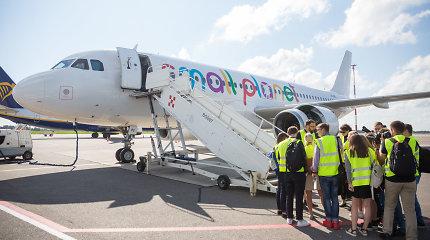 """Paskutinė laida: """"Small Planet Airlines"""" sustabdė pilotų-kadetų mokymo programą"""