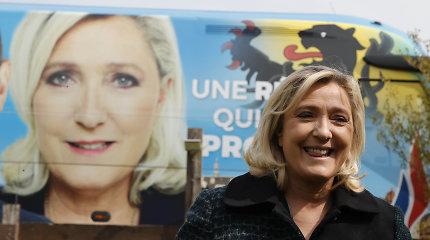 Kultūrinius karus kurstanti M.Le Pen pamažu augina populiarumą: ar E.Macronui laikas susirūpinti?