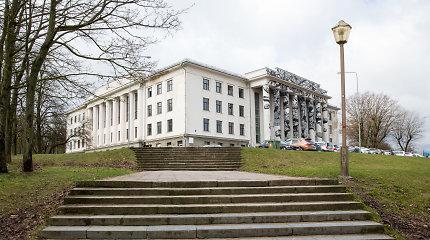 Buvusi Profsąjungų rūmų valdytoja nutraukė bankrotą