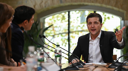 V.Zelenskis: Rytų Ukrainoje būtina skelbti naujas paliaubas