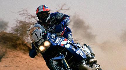 """Kodėl """"Yamaha"""" motociklai buvo nepageidaujami 1994-ųjų Dakaro ralyje?"""