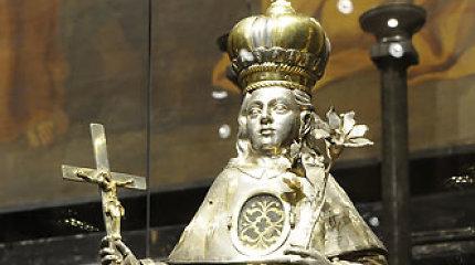 Paveldosaugininkai neleido į užsienį išvežti relikvijoriaus su 4 šventųjų relikvijomis