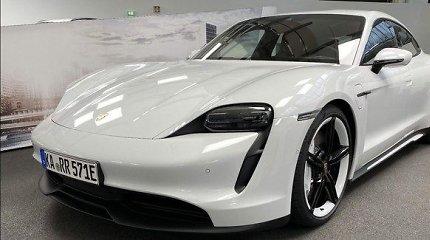 """Porsche"" pristatė pigesnę ""Taycan"" versiją: pirmieji įspūdžiai"