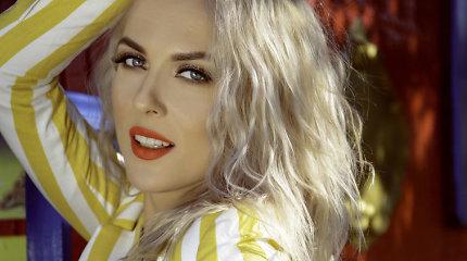 """Dainą """"Eurovizijai"""" pristatančios """"Queens of Roses"""" įsiamžino ir fotosesijoje"""