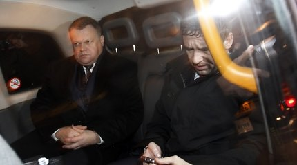 """Tyrimas dėl """"Snoro"""" baigtas, tačiau R.Baranauską Maskvoje saugo pabėgėlio statusas"""