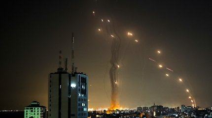 Dėl raketų iš Gazos Ruožo nukreipiami keleiviniai skrydžiai į Tel Avivą