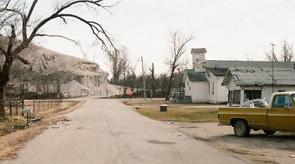 Pičeryje žmonių populiacija – 0: kaip klestėjęs miestelis tapo šiurpiai tuščia nuodinga dykyne?