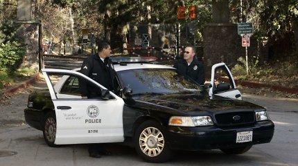 Bruklino policija suėmė vyrą, galimai nukirtusį žmonai ranką