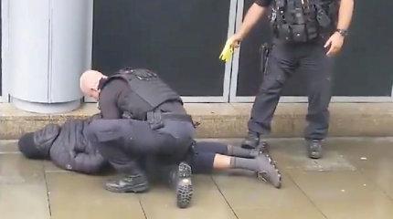 Mančesterio atakos įtariamasis suimtas dėl su terorizmu susijusių kaltinimų