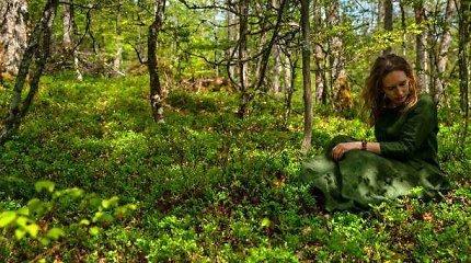 Pirmoji Lietuvoje miško terapijos gidė: kaip vaikščioti miške, kad jis mus gydytų?
