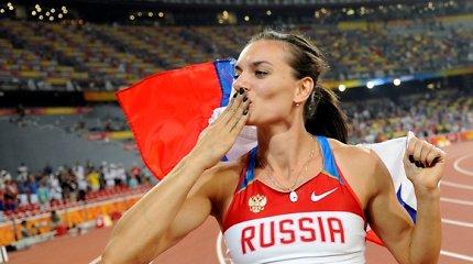 Apie karjeros pabaigą paskelbusi Jelena Isinbajeva: Dievas teis Rusijos skriaudikus
