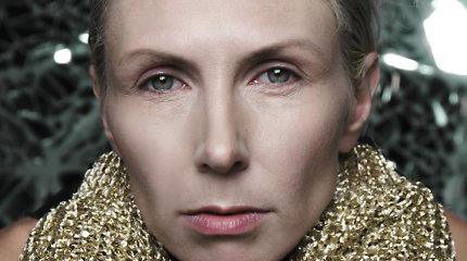 """Įvertinkite: Giedrė Kilčiauskienė pristato naują dainą """"Komforto zona"""""""