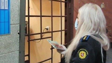 Patikėjęs draugais, kad per karantiną kalėjime sėdėti nereikia, nuteistas pakruojiškis išvyko į Švediją