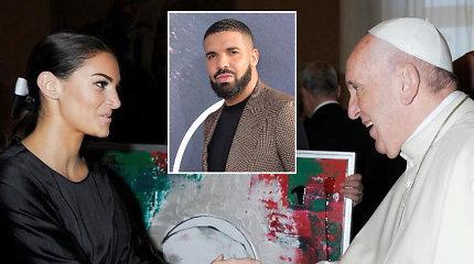 Buvusi pornožvaigždė ir Drake'o sūnaus motina susitiko su popiežiumi: įteikė pačios tapytą portretą