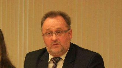Vaidutis Laurėnas atlaisvino Klaipėdos universiteto rektoriaus kėdę – laikinuoju vadovu paskirtas Mindaugas Rugevičius