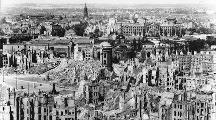 Dresdeno bombardavimas. Dešimtys tūkstančių žuvusių ir visiškai sunaikintas miestas: karo nusikaltimas ar būtinybė?