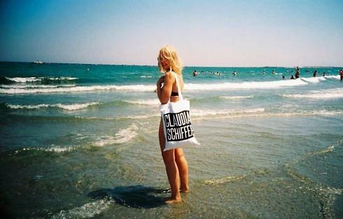 Asmeninė nuotr./Legendinis Onos maišelis, su kuriuo mergina keliauja
