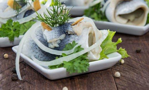 Gavėnios valgiai: ekspertė pataria, kaip gardžiai paruošti žuvį ir silkę