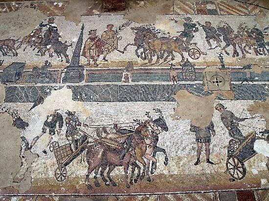 Freska su lenktynių vaizdais, IV a. Sicilija