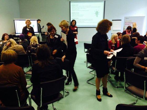 """Bendrai diskusijai mokytojus iš Utenos apskrities subūrė """"Lietuva 2030"""" komandos organizuojamas ketvirtasis Atviras pažangos forumas."""