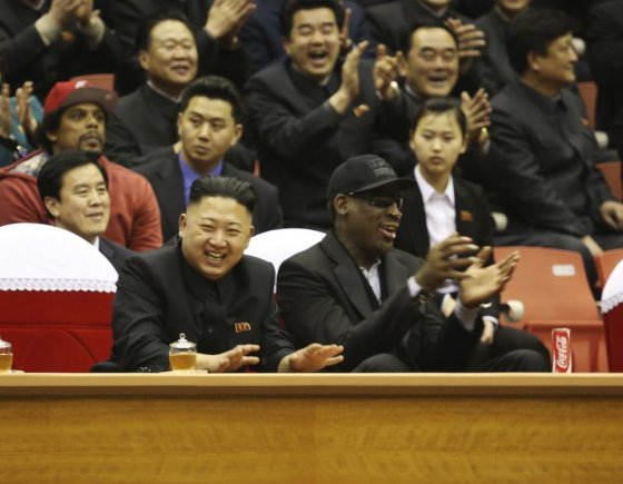 """""""Reuters""""/""""Scanpix"""" nuotr./Kim Jong Unas ir Dennisas Rodmanas"""