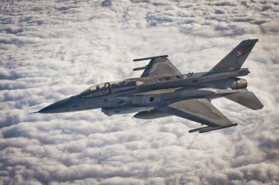 Łukasz Widziszowski/zoom.mon.gov.pl nuotr./Naikintuvas F-16