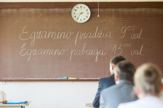 Irmanto Gelūno/15min.lt nuotr./Abiturientams – išbandymas lietuvių kalba