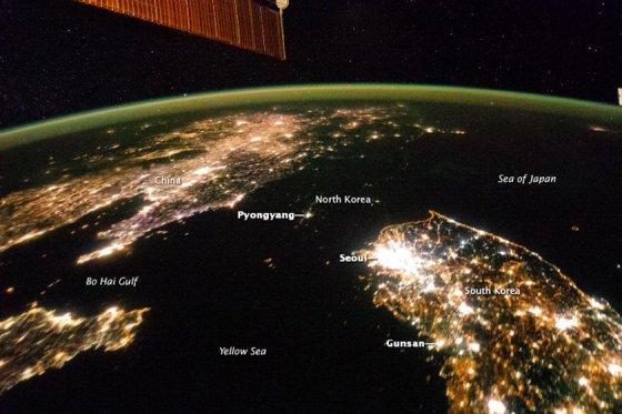 NASA nuotr./Šiaurės ir Pietų Korėjos iš kosmoso