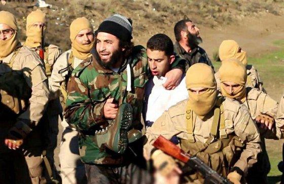 """AFP/""""Scanpix"""" nuotr./IS teroristai sugavo pilotą jordanietį"""