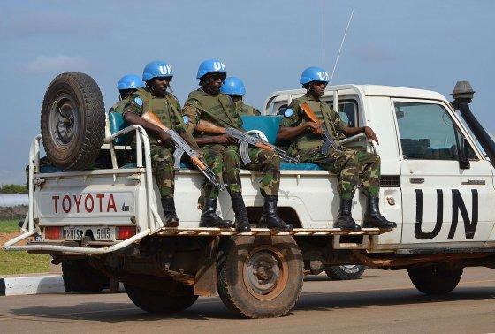 """AFP/""""Scanpix"""" nuotr./JT taikdariai Pietų Sudane"""
