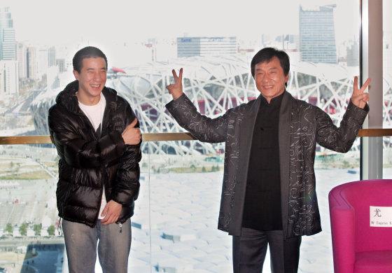 AOP nuotr./Jackie Chanas su sūnumi Jaycee Chanu