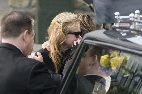 AOP nuotr./Nicole Kidman išlydi savo tėvą į paskutinę kelionę