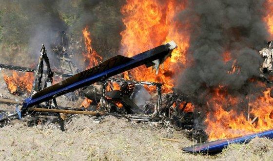 Šarūno Mažeikos/BFL nuotr./Nukritęs lėktuvas užsidegė.