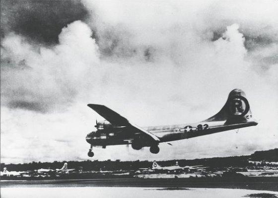 """""""Scanpix"""" nuotr./Amerikiečių bombonešis B29, 1945 m. numetęs bombą ant Hirosimos"""