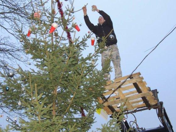 Veriškių kaimo (Siužionių sen.) Kalėdų eglė